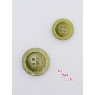 Botón fantasía rayado verde kaki claro