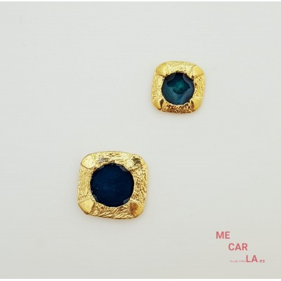 Botón de metal dorado con motivo azul petróleo lacado