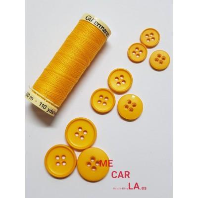 Botón clásico amarillo de 4 agujeros