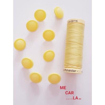 Botón fantasía media bola amarillo