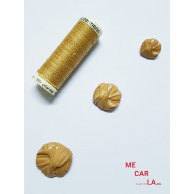 Botón camel fantasía drapeado