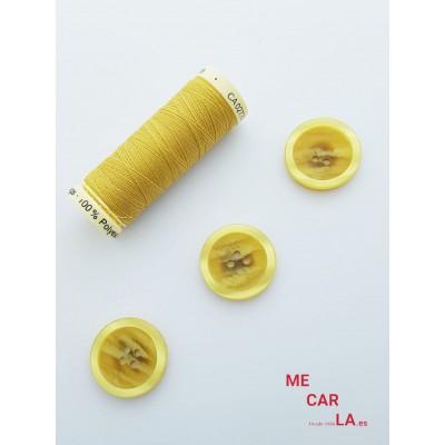 Botón clásico amarillo oro matizado con borde